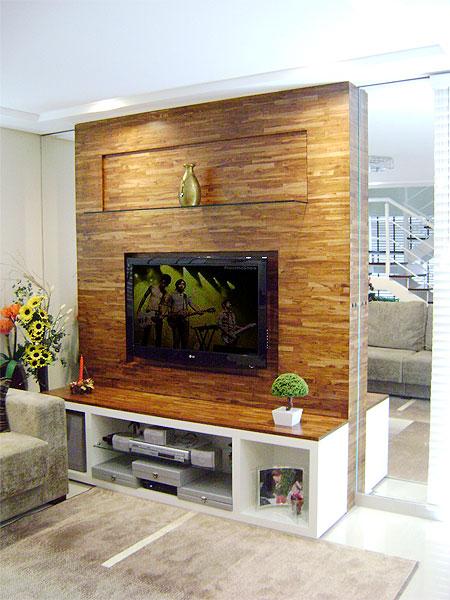 decoracao home theater ambientes pequenos : decoracao home theater ambientes pequenos:Esse aqui também, tem como foco a textura da parede amadeirada, uma