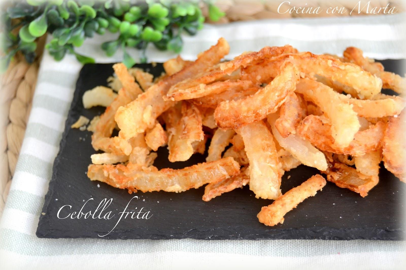 Receta de cebolla frita casera. Fácil y rápida.