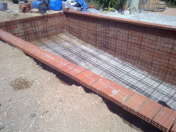 Casita salinas het zwembad deel 7 muren metselen - Muur zwembad ...