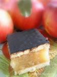 Almás-kekszes süti