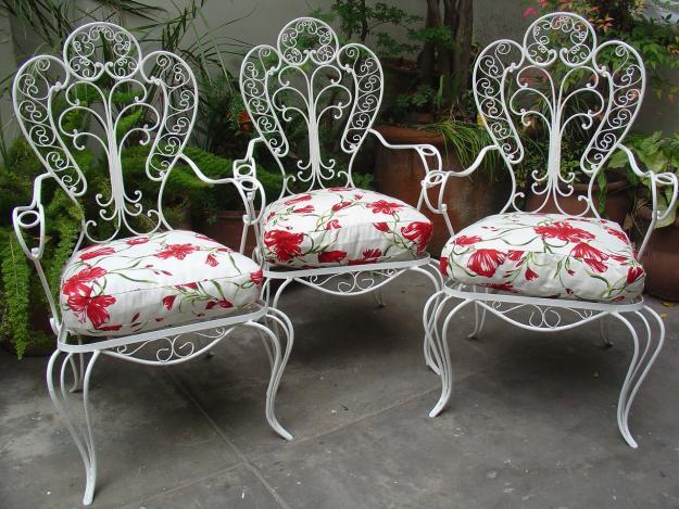 So glittering la silla de hierro forjado for Almohadones para sillones jardin