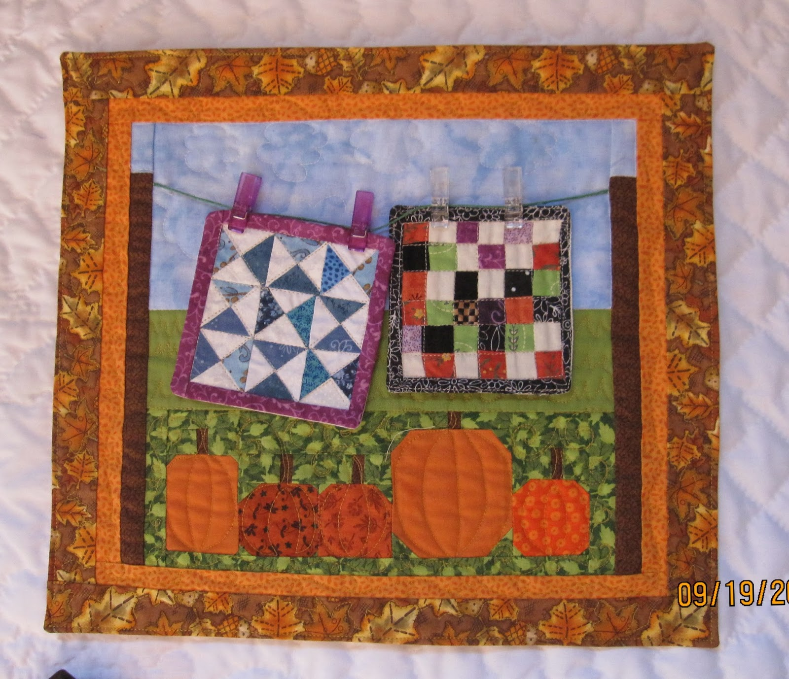 crafts for fall on pinterest pumpkins autumn quilts and