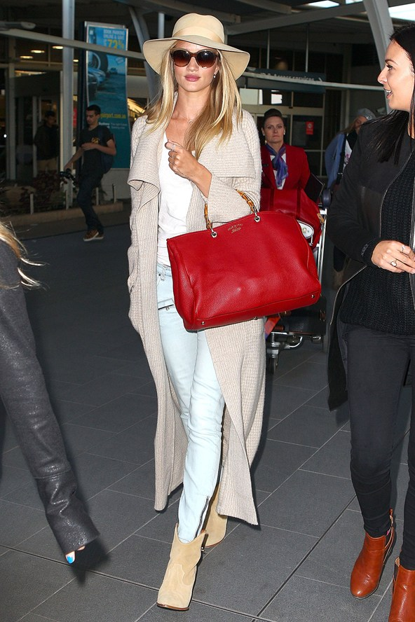Celebrity Airport Style Mode Devoted