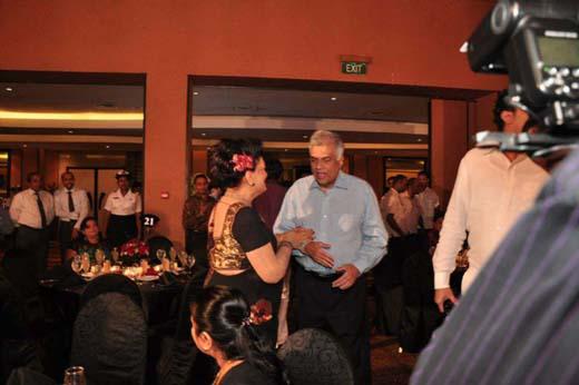 gossip9 + Ranil dancing at soma ediringhe party