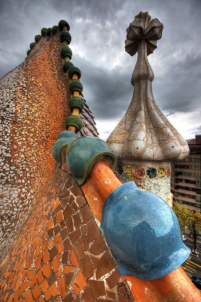 Gaudijeva arhitektura - Page 3 Casa-Batll%25C3%25B3-3