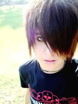 Emo Hairstyles - How to get Emo