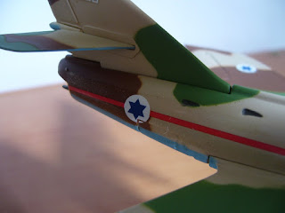french fighter-bomber Dassault Super Mystere B.2Italeri 1:100