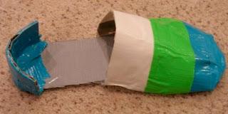 membuat guard belakang untuk sepatu dari kardus bekas