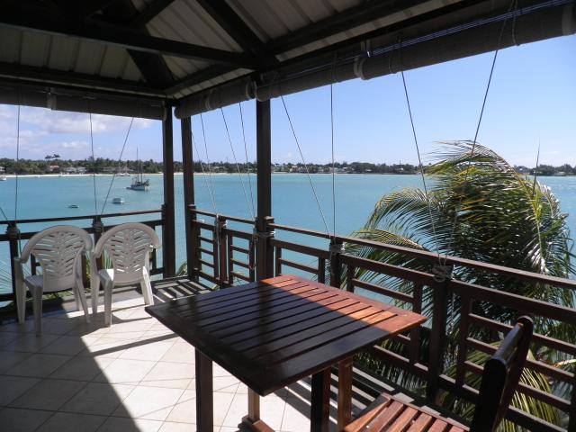 Studios avec terrasse vue sur le lagon  à Maurice