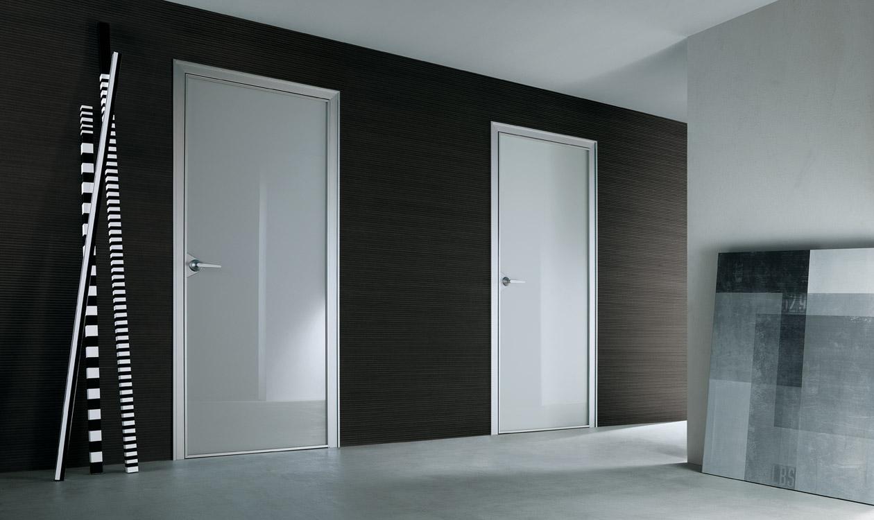 Noctum moderne projecten en contracts rimadesio ghost for Puertas de aluminio para habitaciones