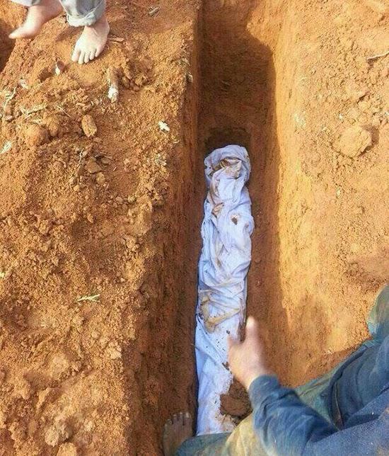Jenazah Lebih 8 Tahun Dikebumikan Ditemui Sempurna, Kubur Bau Wangi