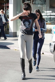 Kendall Jenner – Shopping at Leica Store – LA