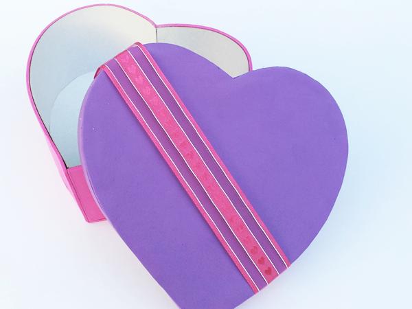 manualidades-caja-corazon