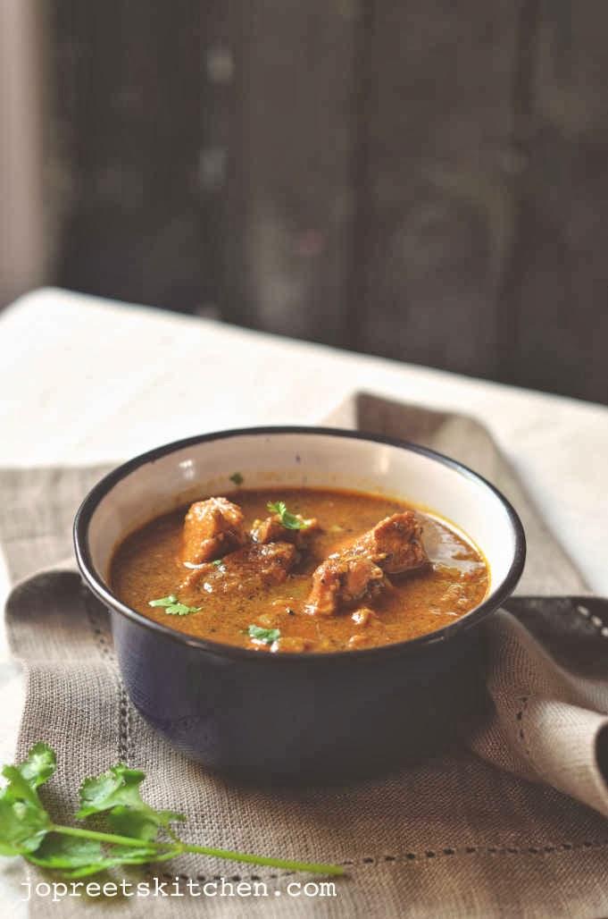 Malvani style chicken curry jopreetskitchen malvani style chicken curry forumfinder Choice Image