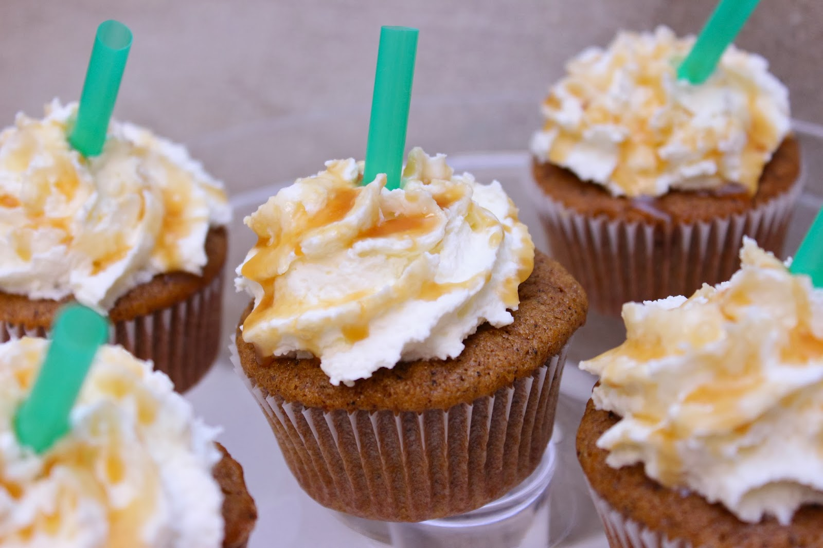CupcakesOMG!: Pumpkin Spice Latte Cupcakes