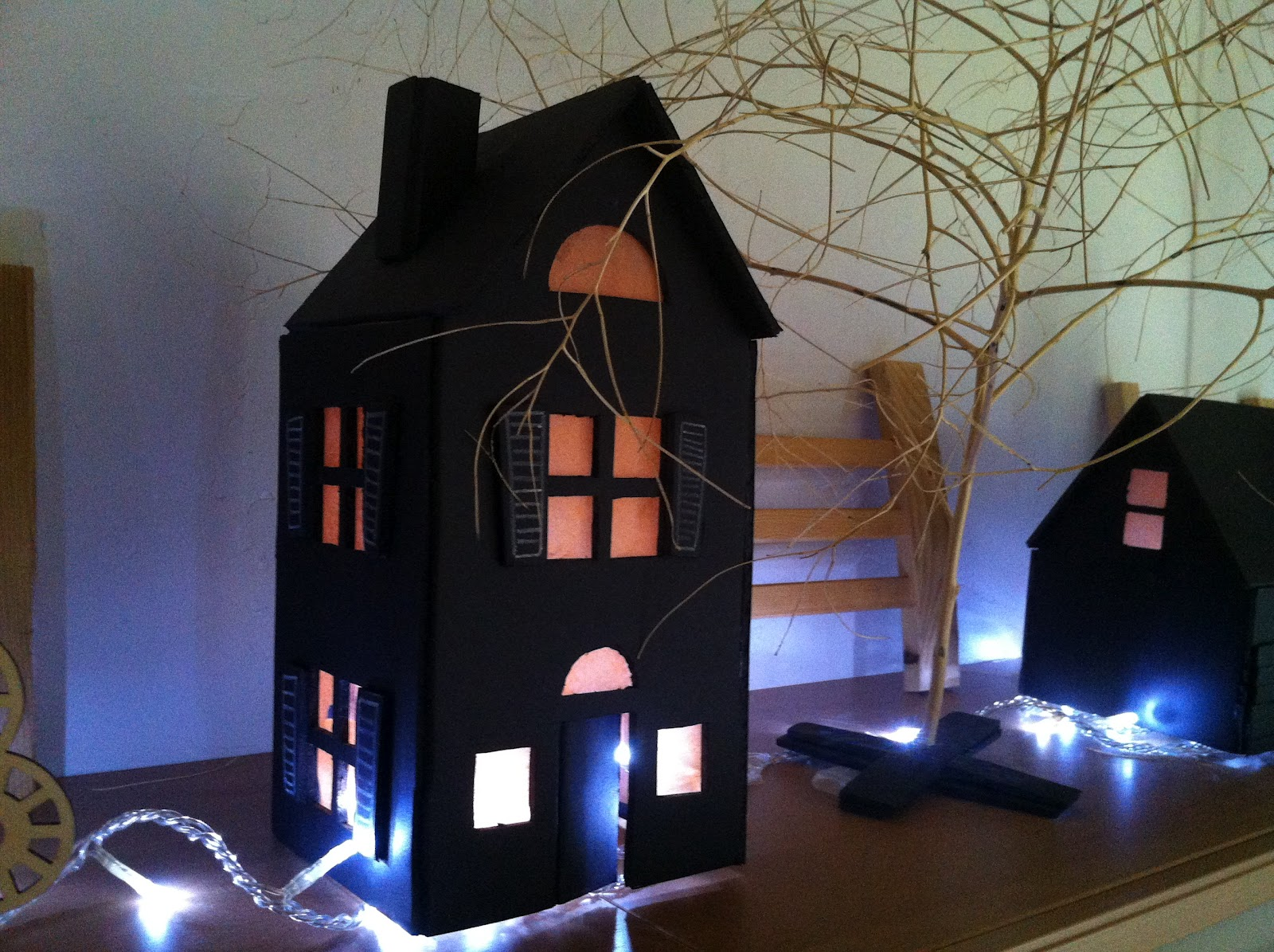 the haphazardkrafter: halloween houses