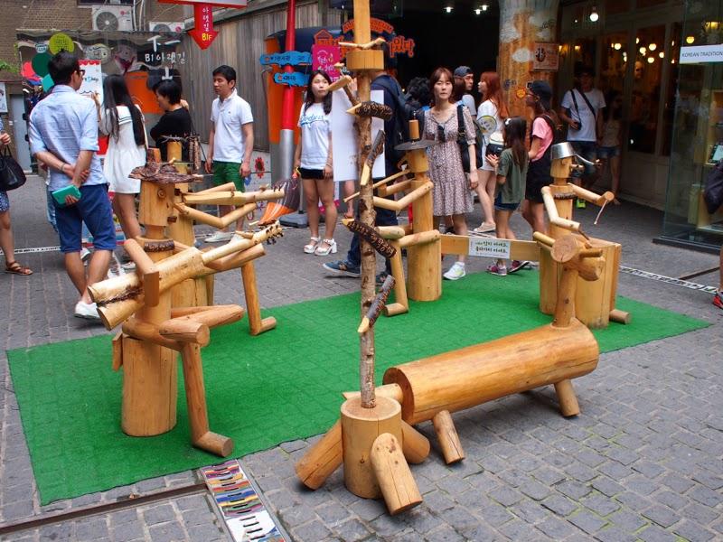 Ewha University Summer Studies Travel Seoul Ssamziegil Insadong shopping lunarrive blog singapore