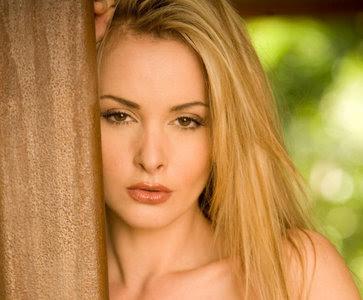 Czech Model Zdenka Podkapova Lovely Wallpaper
