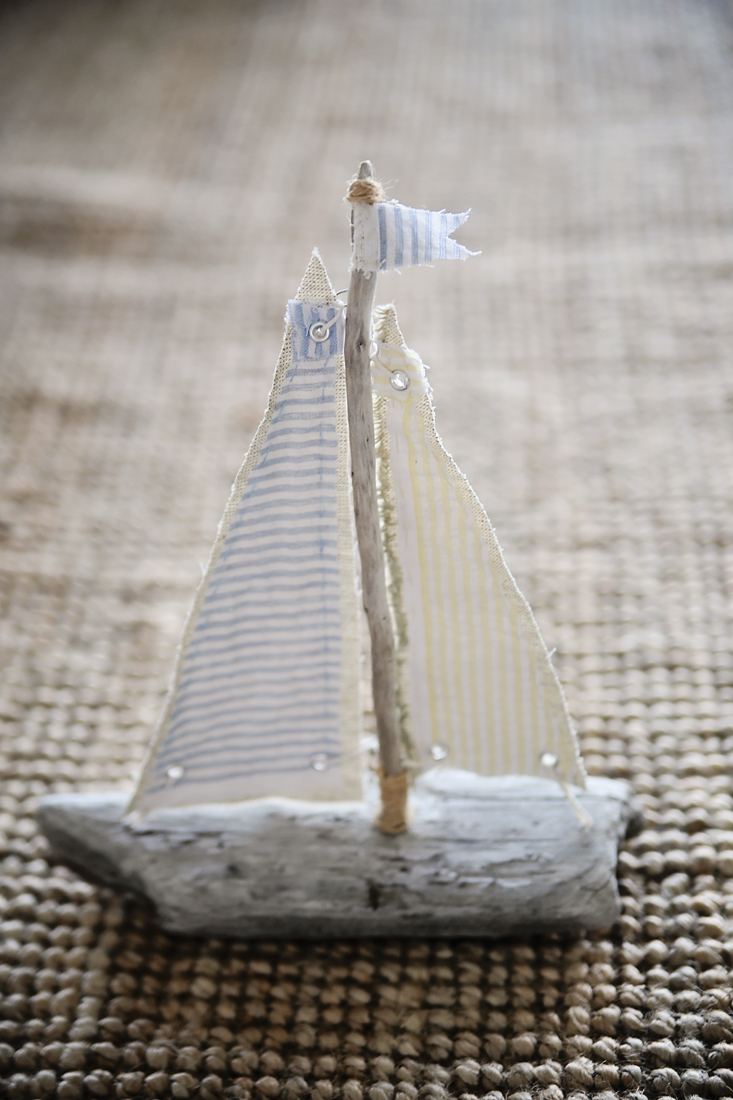 DIY driftwood sailboat