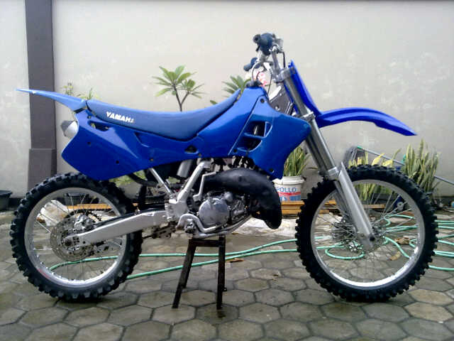 Motor-Trail Yz 125cc (SOLD)