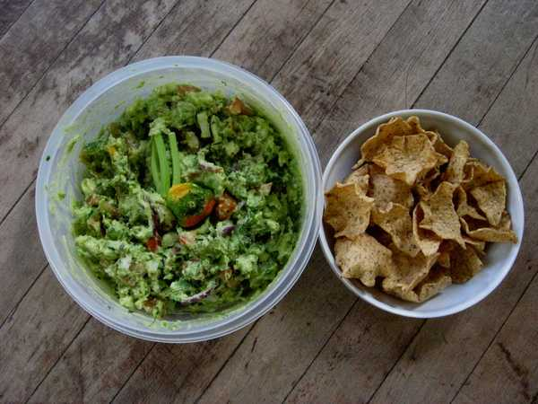 sookie's Guacamole With Tostitos Chips
