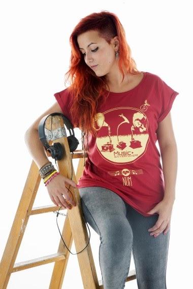 http://www.nountilmonday.com/es/home/51-camiseta-gramophones.html