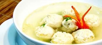 Resep Cara Membuat Sup Bola Ayam Paling Enak