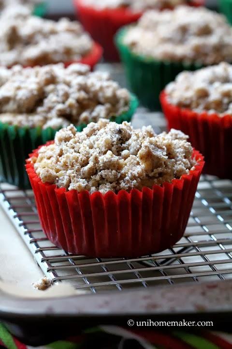 http://unihomemaker.com/2013/12/05/eggnog-kahlua-chocolate-chunk-crumb-muffins/