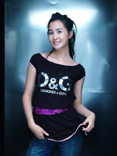 Lee da hae biography info selebindo korean movie titled song of spring she will star alongside lee sung jae and ahn sung ki she plays the role of the female lead named ara a dancer mightylinksfo