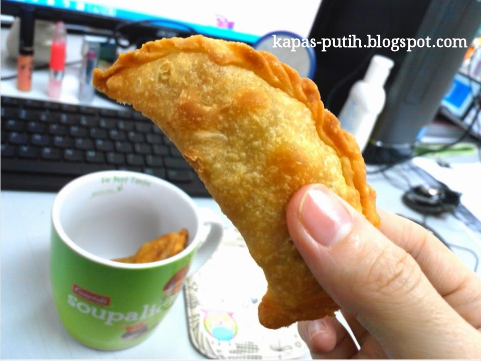 Curry Puff for breakfast