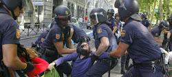La policía del régimen español defendiendo a su amos de la banca