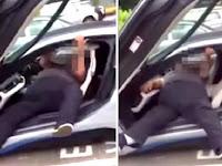 Ayah Kesulitan Turun dari Mobil, Anak Ini Malah Ngakak