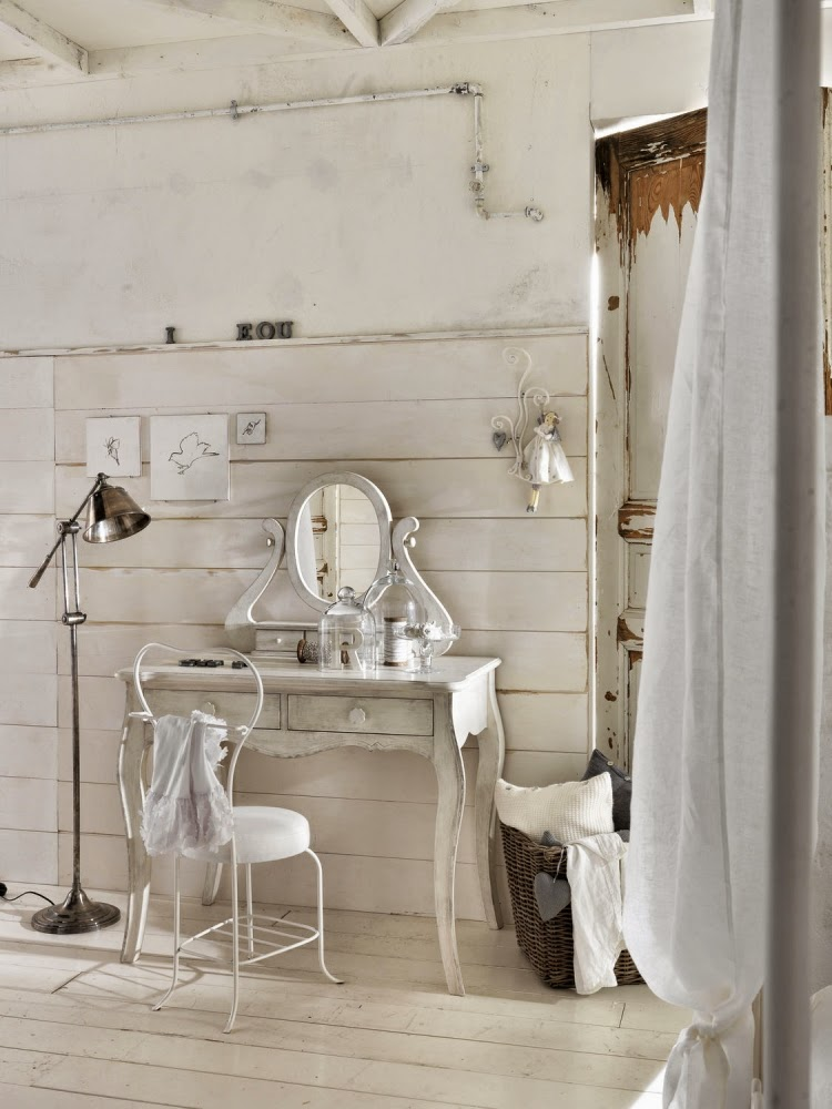 Catchy ideas for functional dressing table designs with - Tocadores vintage ...
