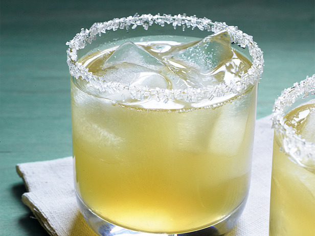 Thirsty Thursday: The Sidecar – Sweet Southern Prep