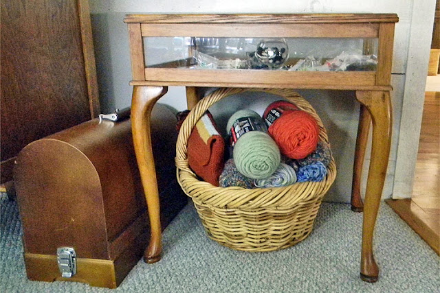 Yarn Basket and Old Singer Sewing Machine