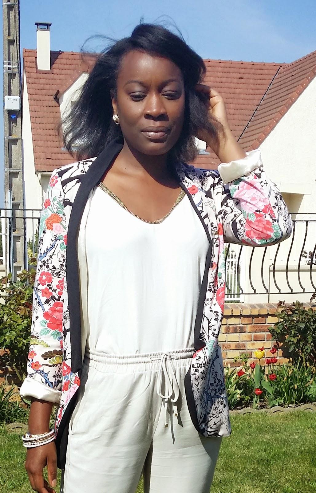 blog-mode-tenuedujour-tenuesimple-petitsbudgets-petitbudget-floweroutfit-tenuefleurie-naturalhair-cheveuxcrépus-petitprix