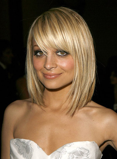 The Amazing Medium Short Straight Hairstyles Photograph