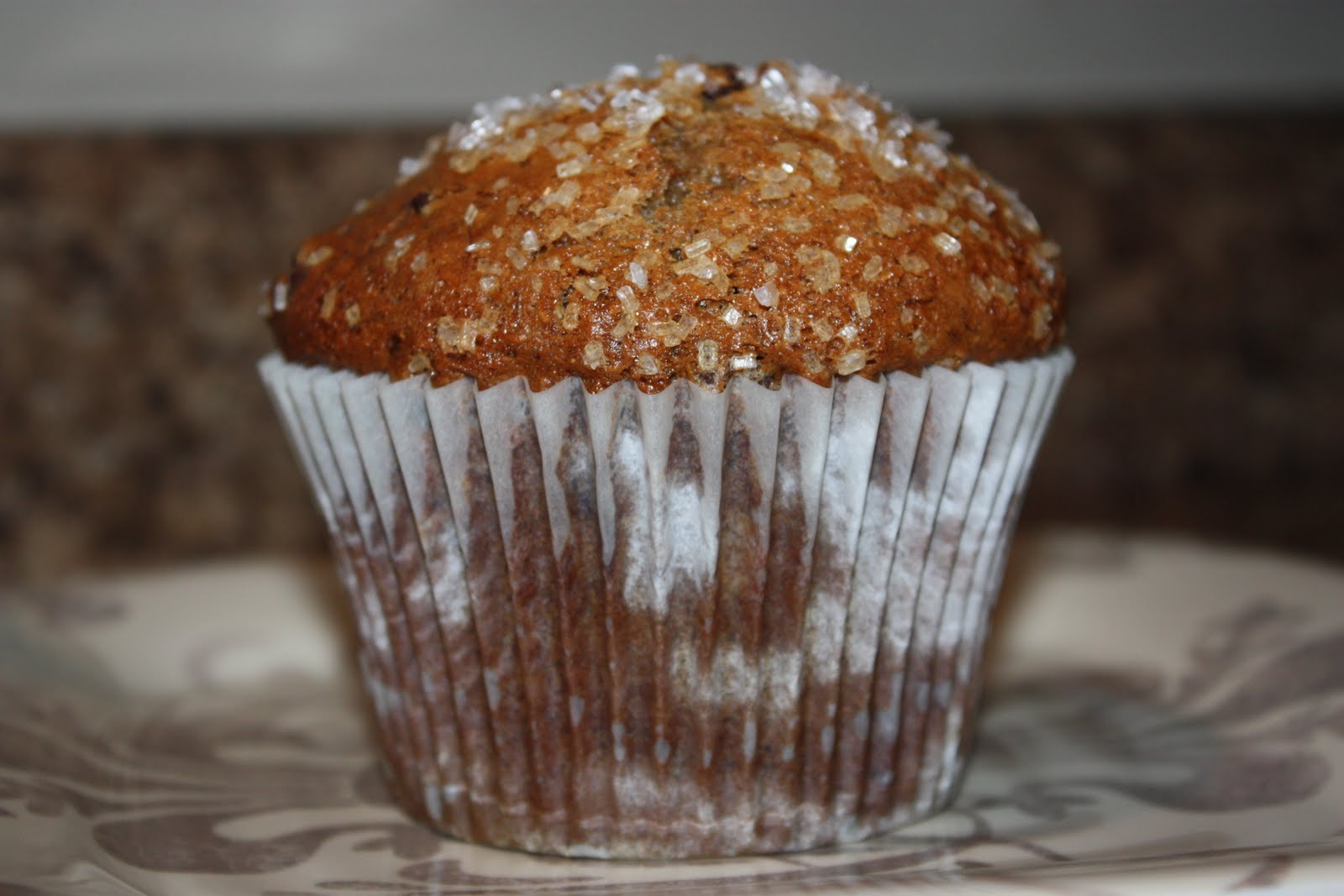 The Farmer's Wife: Jumbo Roasted Banana Muffins