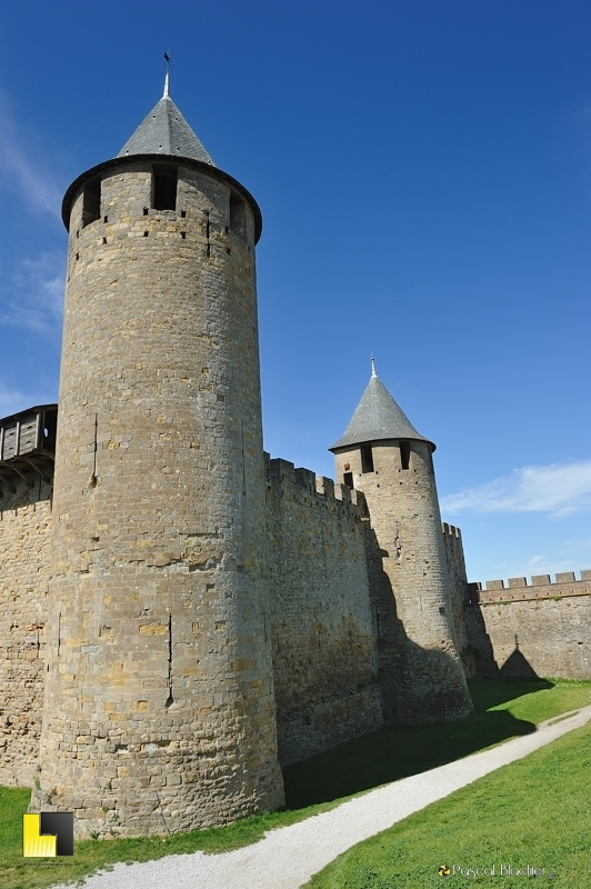 le rempart du château comtal de Carcassonne photo pascal blachier