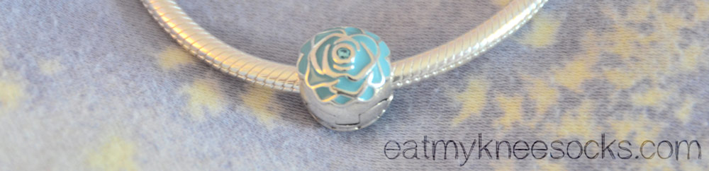 The Soufeel blue rose clip is well-crafted and a lot cheaper than Pandora charms.