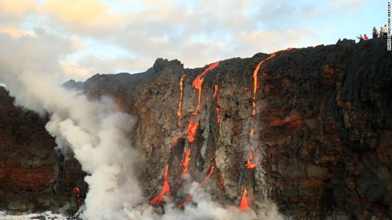 Χαβάη: Το ηφαίστειο Κιλαουέα «χύνεται» στη θάλασσα [Βίντεο]