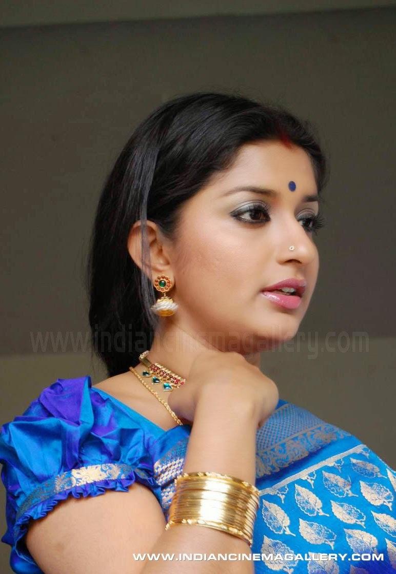 pics Meera Jasmine
