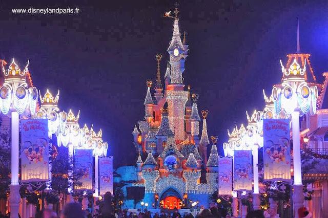Disneylandia París engalanada para el Año Nuevo 2014