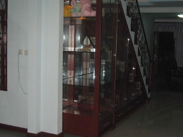 Lemari bawah tangga kitchen set pictures for Lemari kitchen set aluminium
