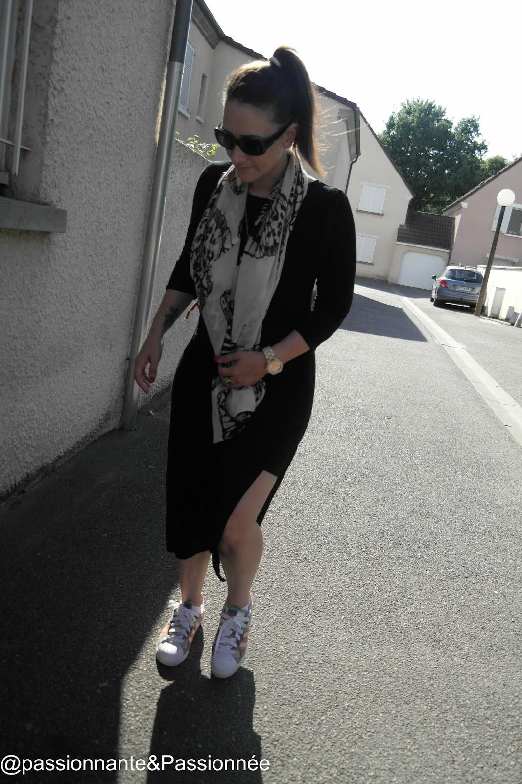Robe noire mi longue Babou