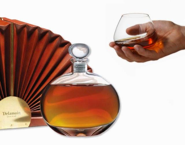 Balloon cognac glass modern design by for Cognac design