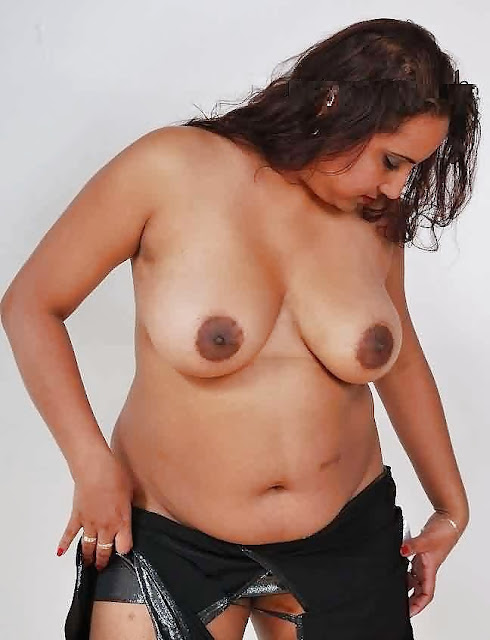 big boobs mallu aunty photos
