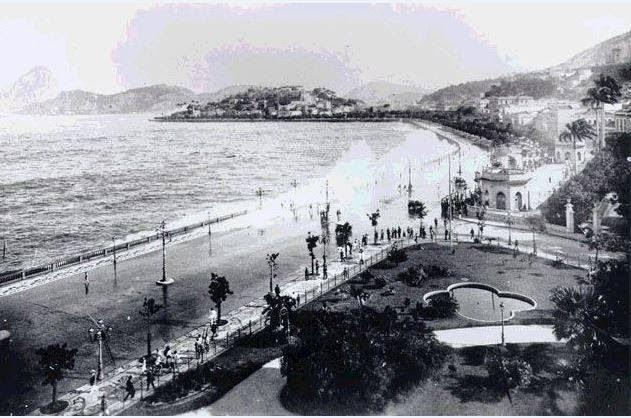 terraco jardins clinica:Vista aérea do Passeio Público. Observe o terraço e pavilhão, 1906