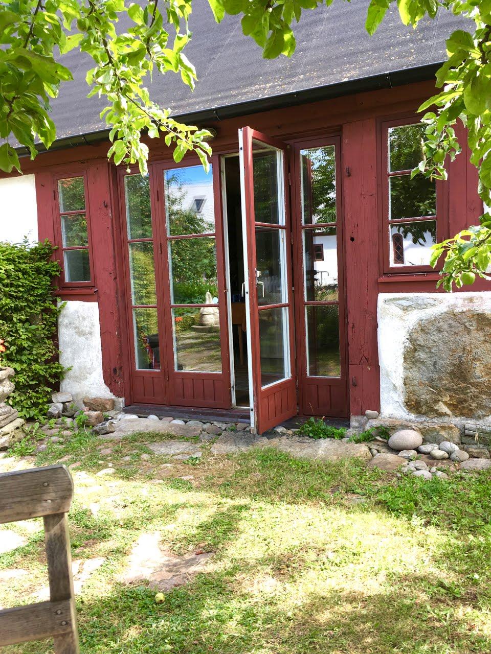 Branteviks Vandrarhem – En pärla för trädgårdsälskare