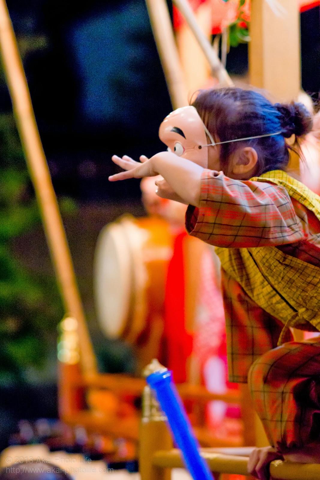 平井のお祭り、山車に乗っているひょっとこ